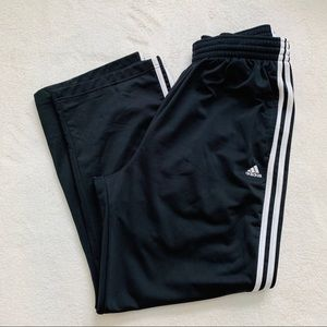Adidas Track Pants Size Large 3 Stripes.